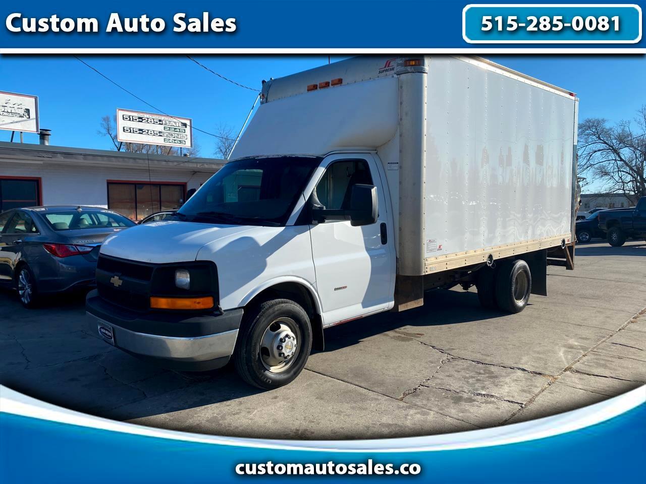 """Chevrolet Express Commercial Cutaway 3500 Van 159"""" Diesel 2013"""