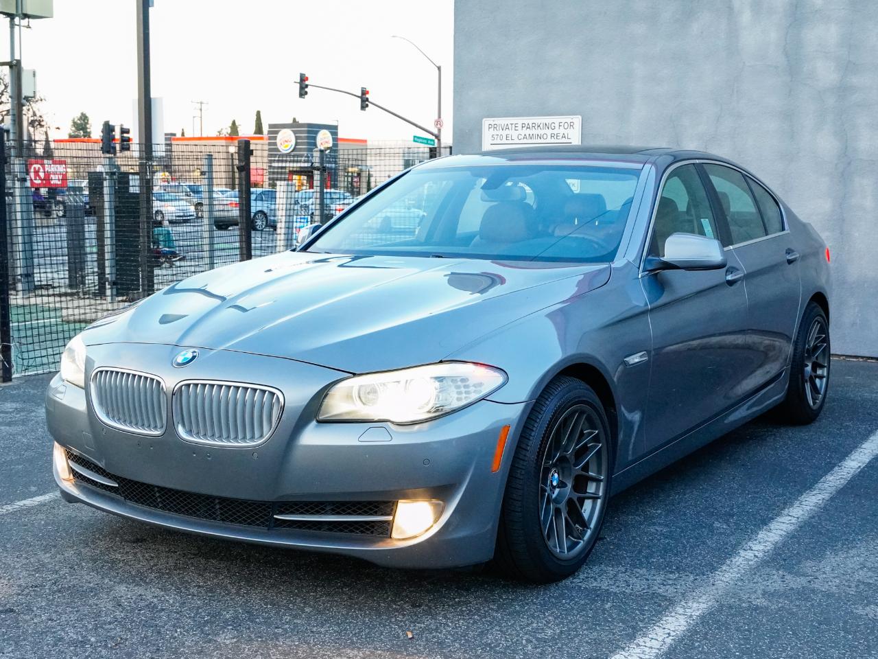 BMW 5-Series 550i 2013