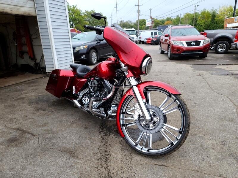 Harley-Davidson FLHXS  2014