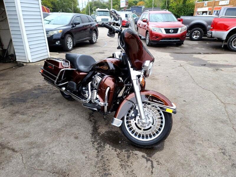 Harley-Davidson FLHTCU  2009