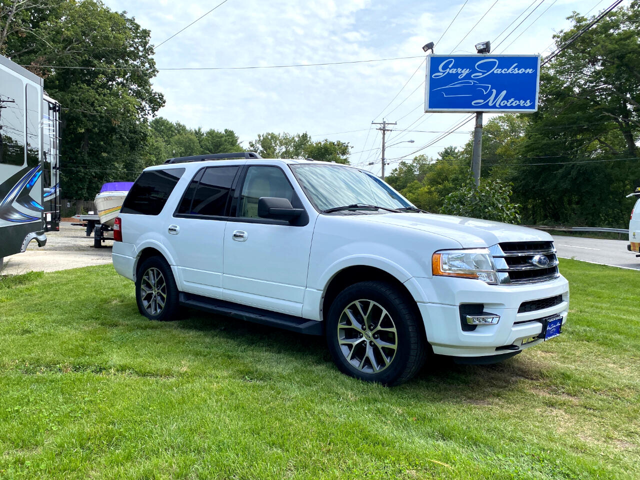 "Ford Expedition 119"" WB XLT 4WD 2016"