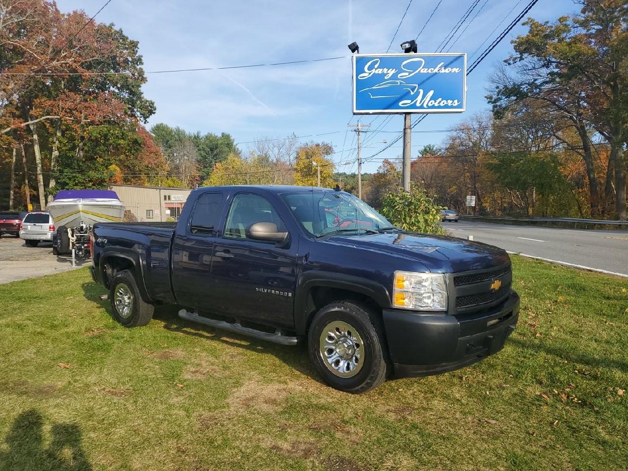 """Chevrolet Silverado 1500 4WD Ext Cab 143.5"""" Work Truck 2009"""