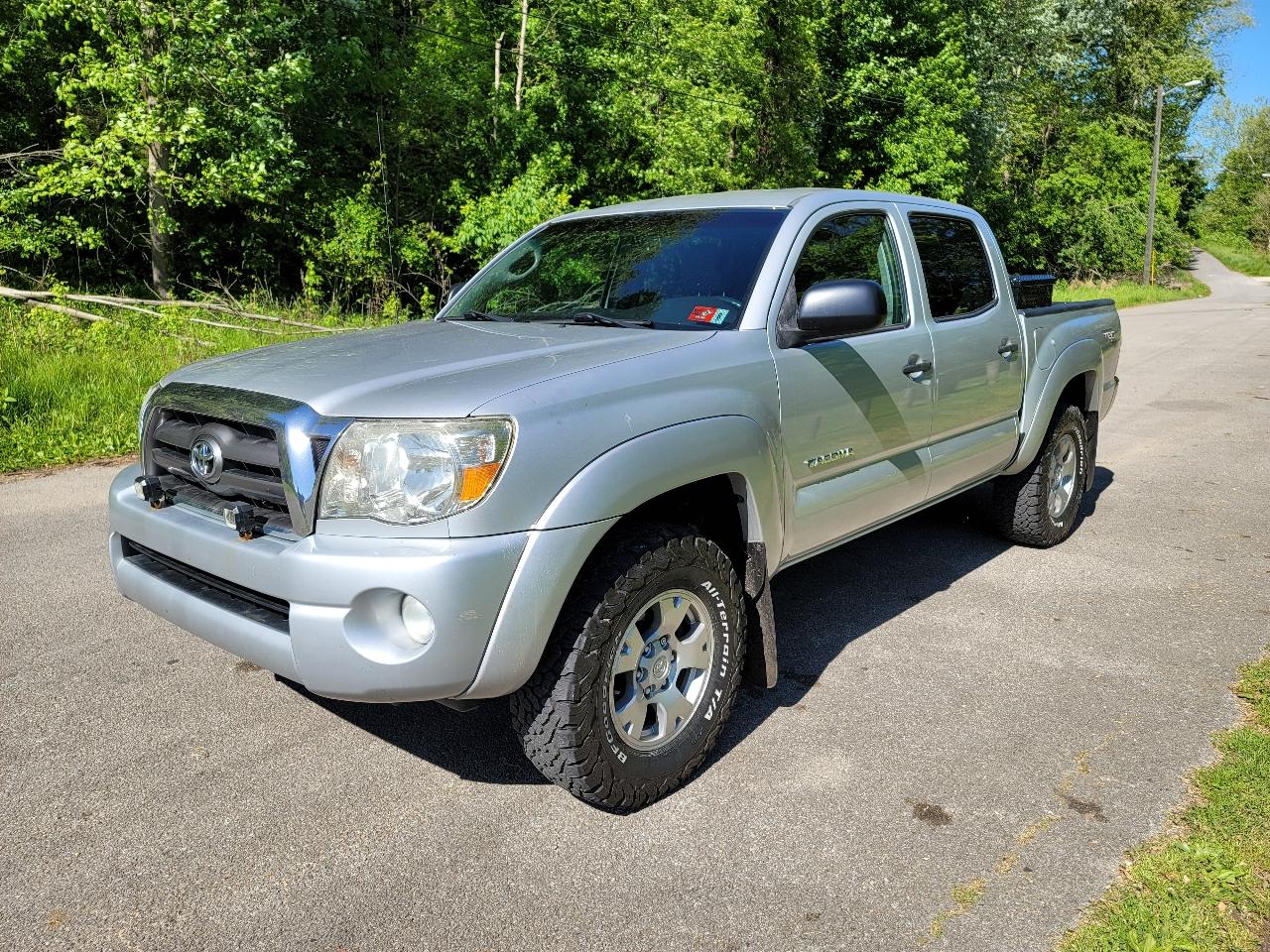 Toyota Tacoma 4WD Double V6 AT (Natl) 2010