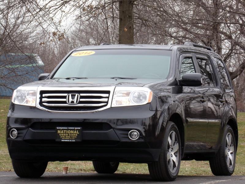 Honda Pilot Touring 4WD 5-Spd AT with DVD 2012