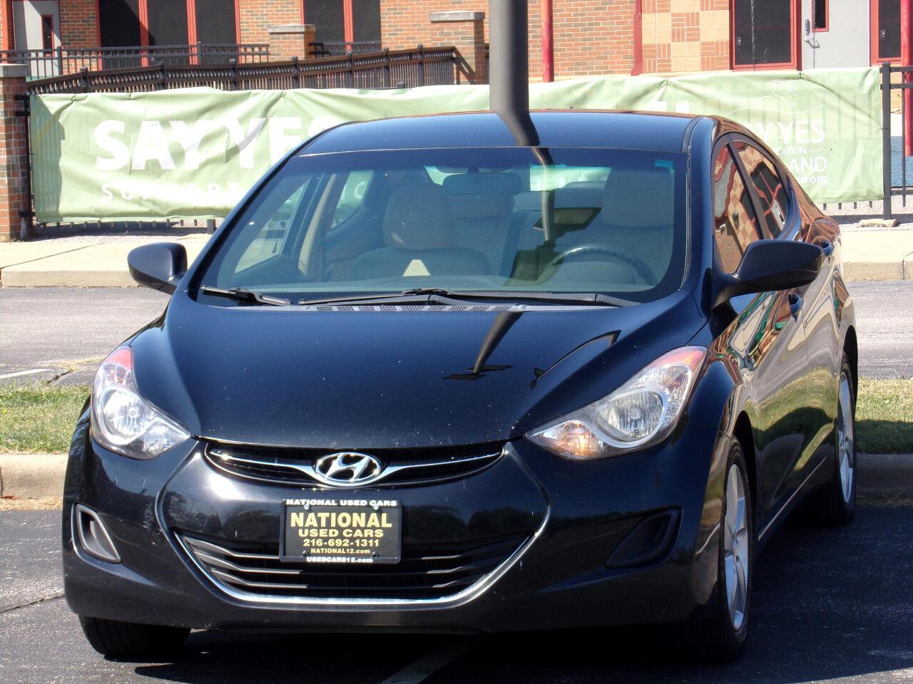 Hyundai Elantra Limited 2011