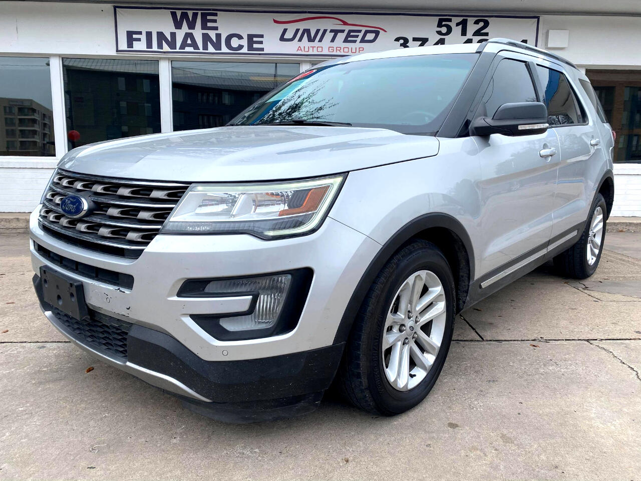 Ford Explorer XLT FWD 2017