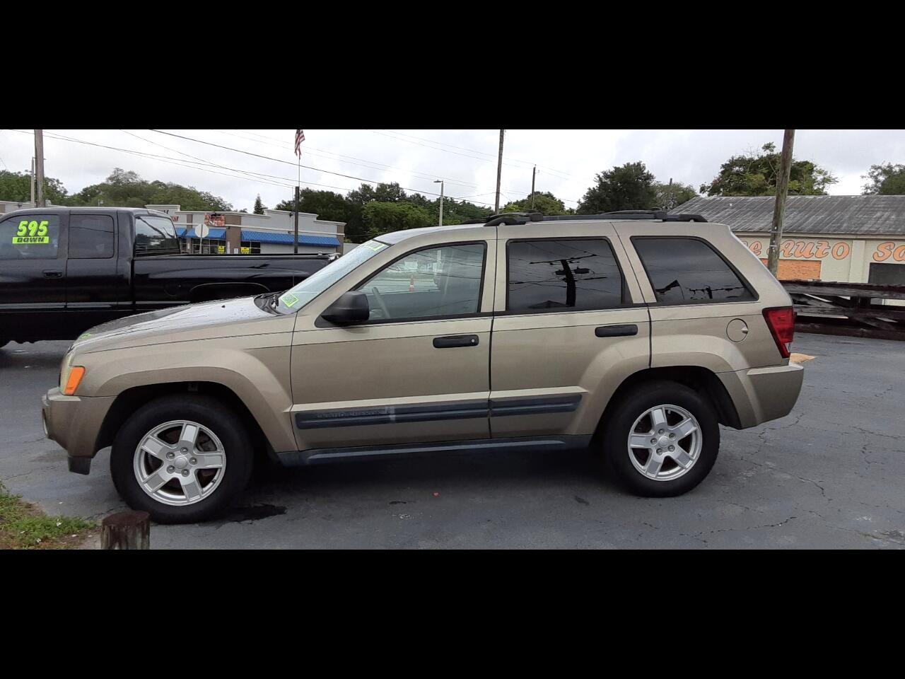 Jeep Grand Cherokee Laredo 2WD 2005