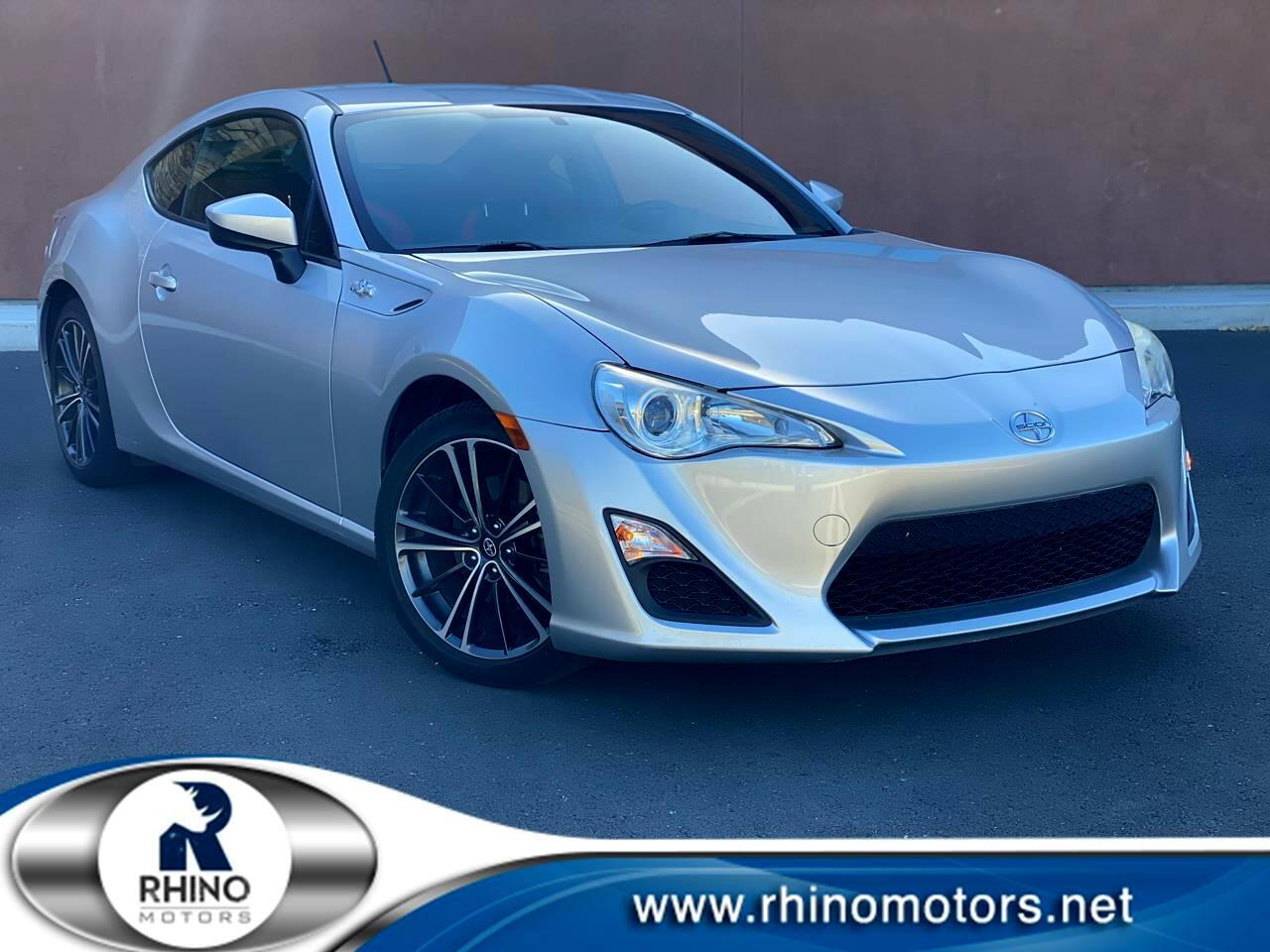 Scion FR-S 2dr Cpe Man (Natl) 2013