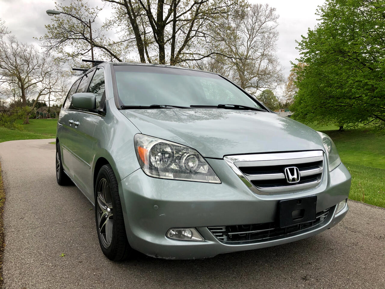Honda Odyssey 5dr Touring AT with RES & NAVI 2006