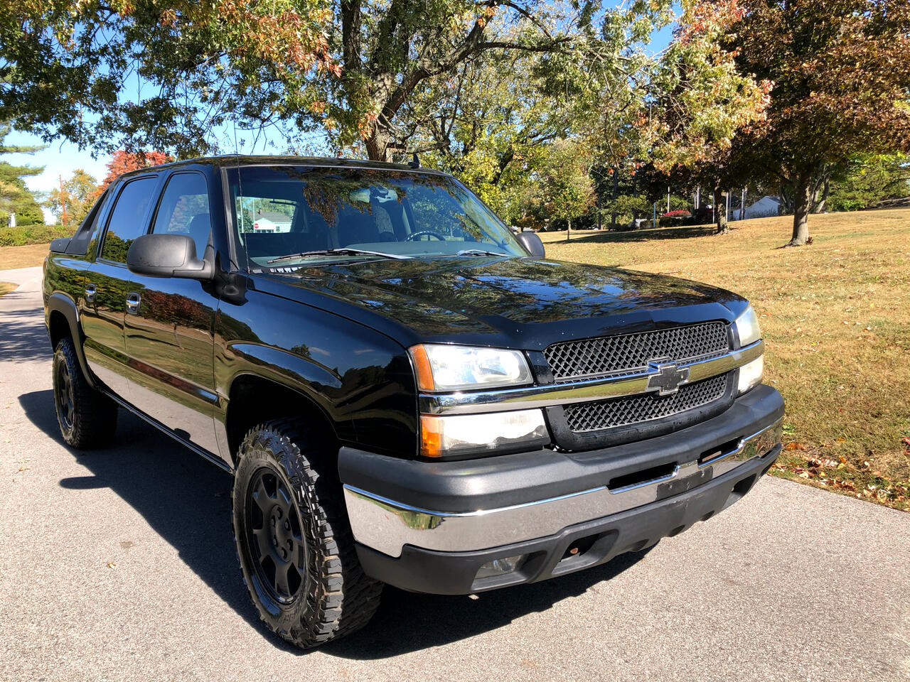 "Chevrolet Avalanche 1500 5dr Crew Cab 130"" WB 4WD LS 2006"