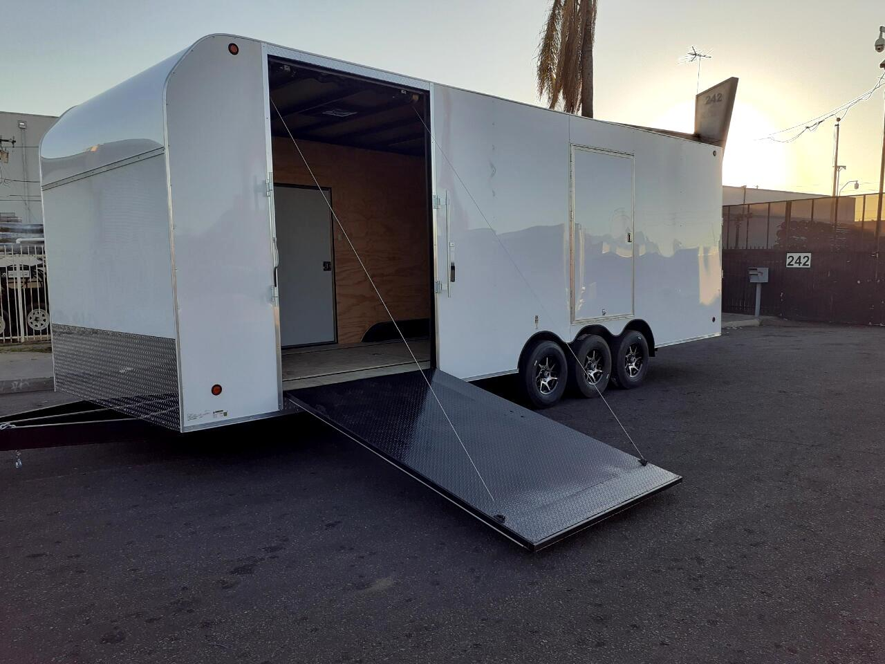 Sky Trailers Cargo / Enclosed Trailer  2020