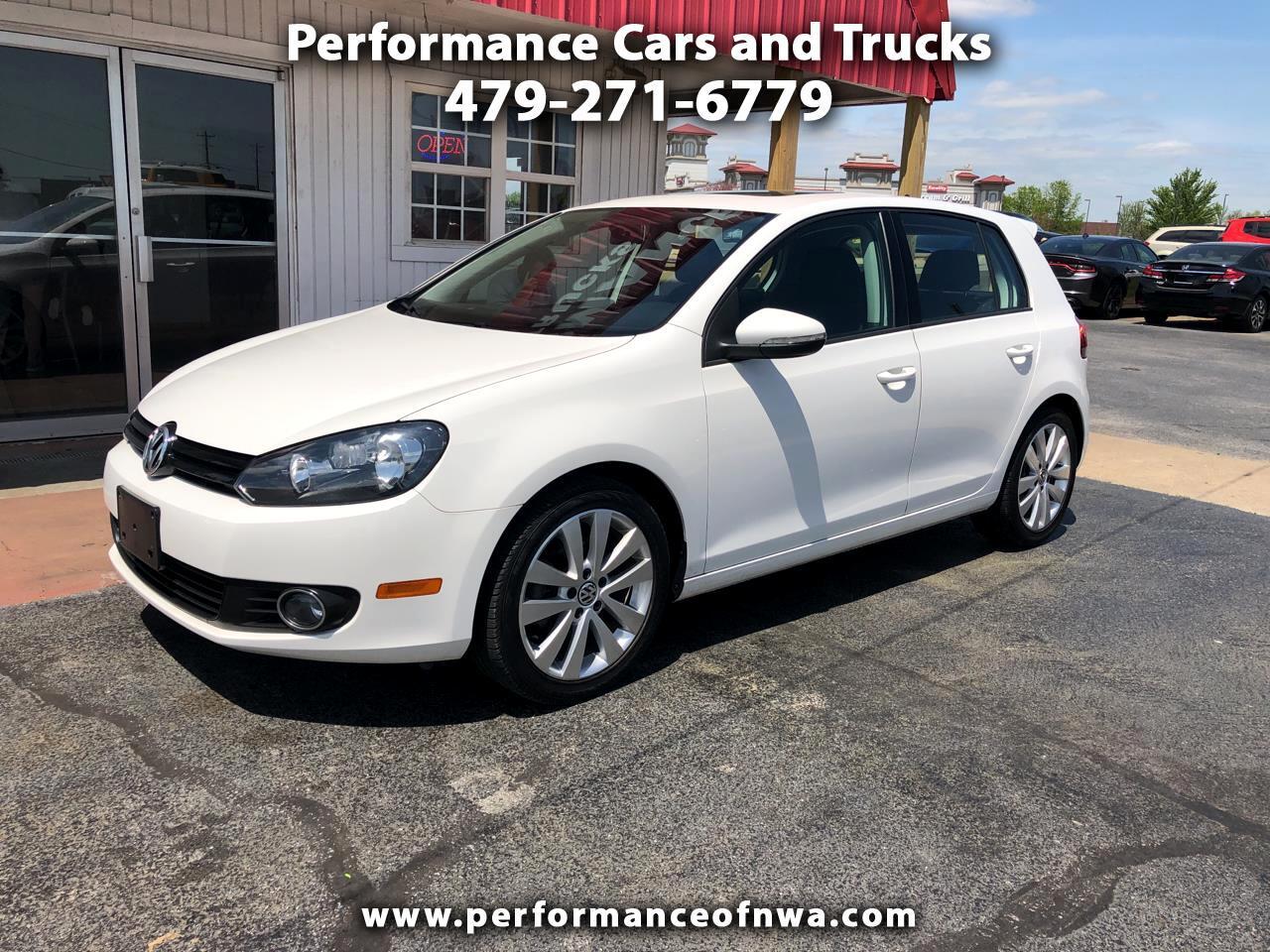2014 Volkswagen Golf 2.0L TDI w/Tech Package 4 Door