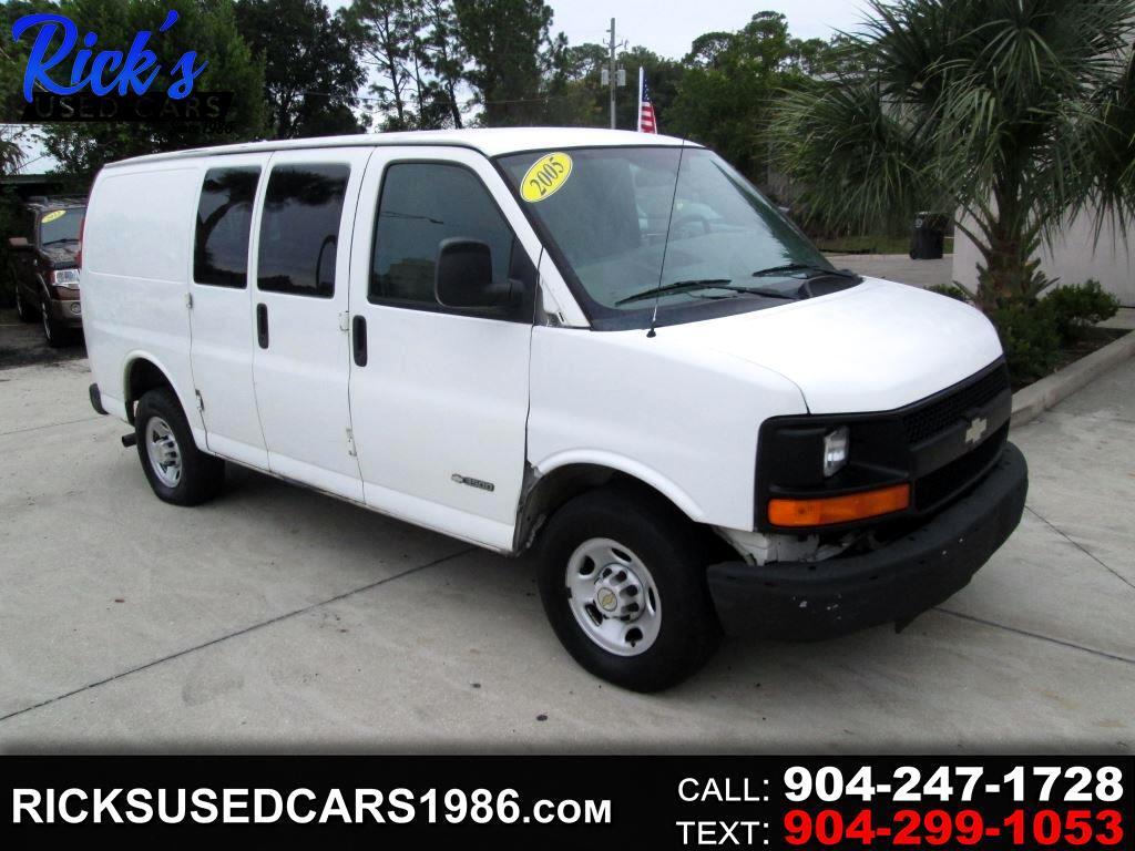 "Chevrolet Express Cargo Van 3500 135"" WB RWD Y3G Mobility 2005"