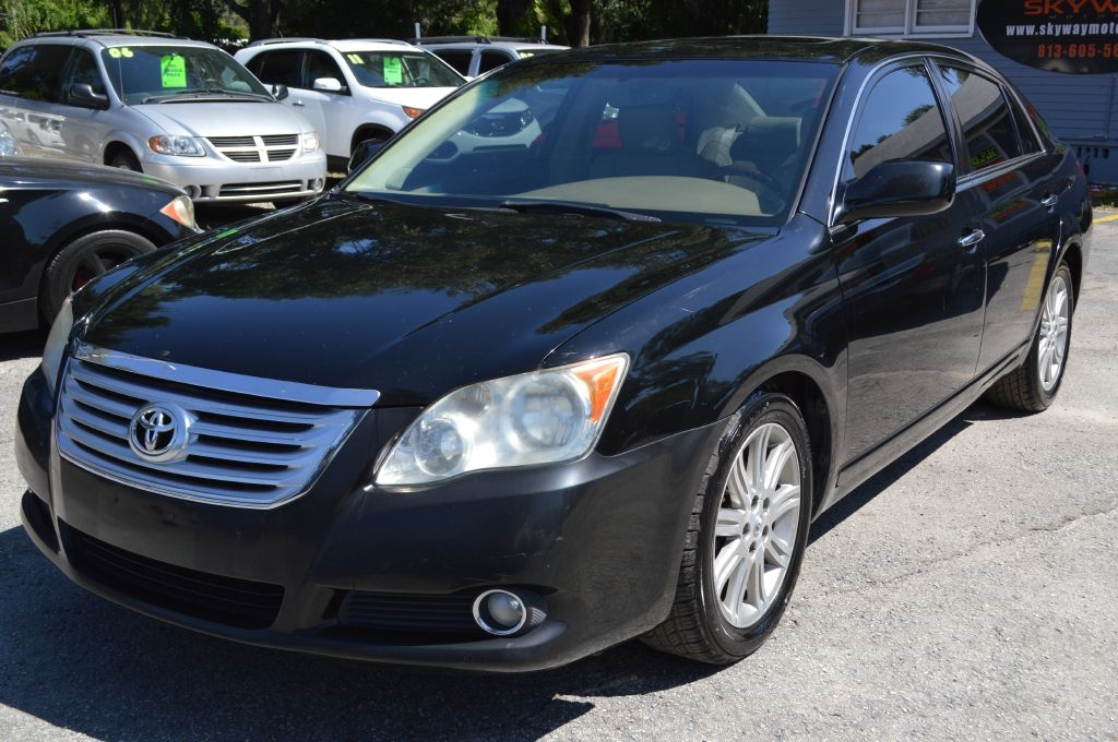 Toyota Avalon Limited 2010