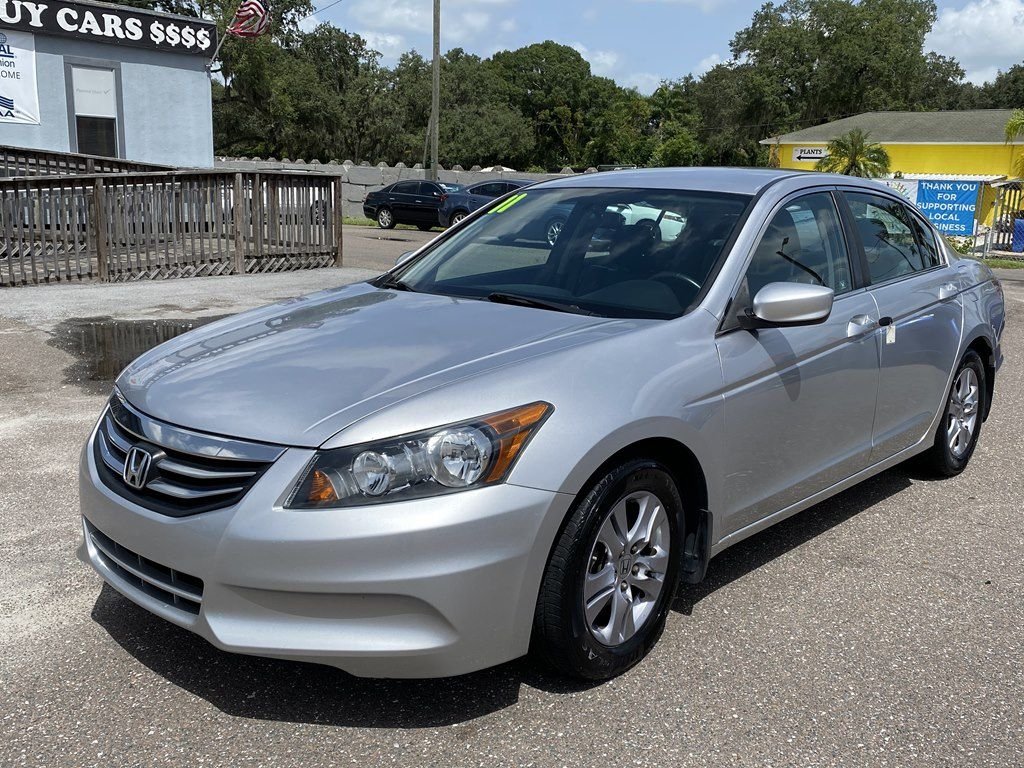 Honda Accord SE Sedan AT 2011