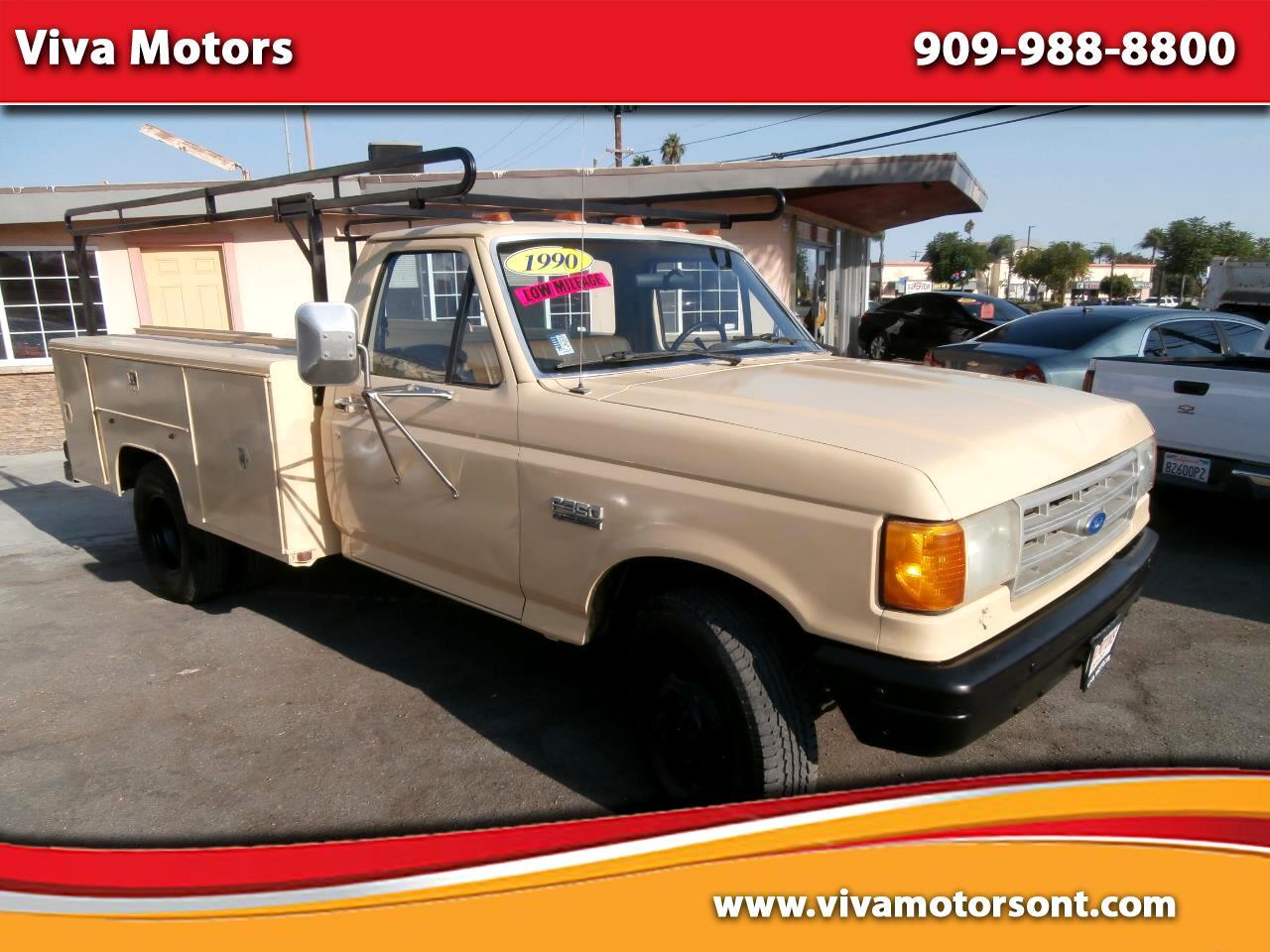"""Ford F-350 Cab/Chassis 137"""" WB DRW 1990"""