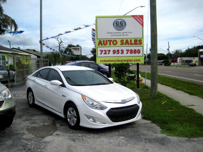 Hyundai Sonata Hybrid Sedan 2012