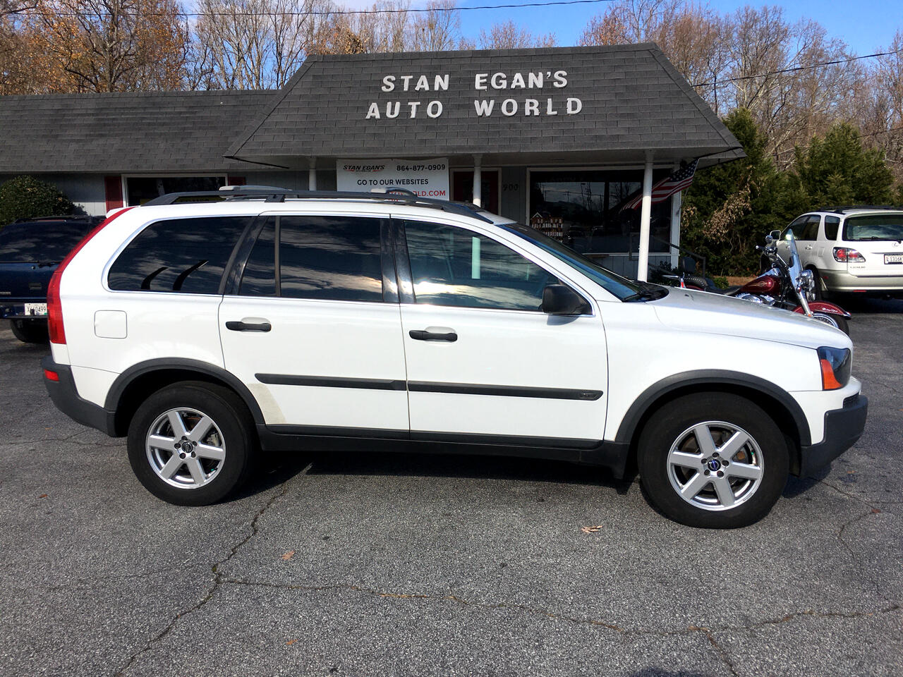Volvo XC90 4dr 2.5L Turbo AWD w/Sunroof/3rd 2004
