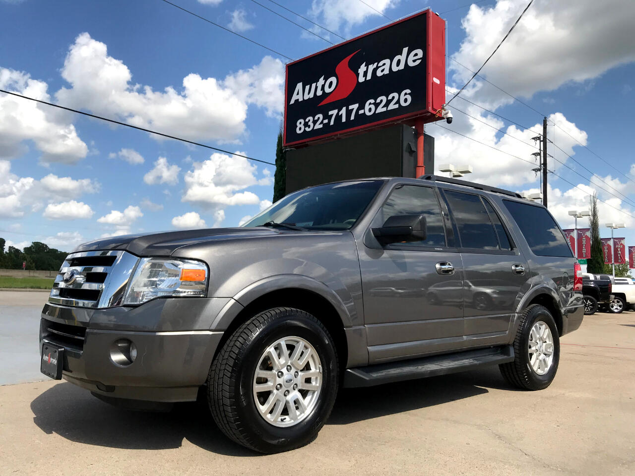 Ford Expedition 2WD 4dr XLT 2013