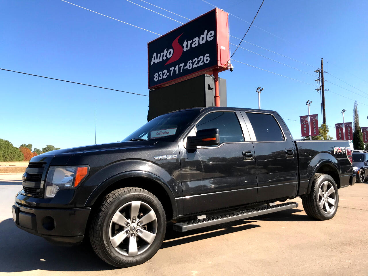 """Ford F-150 2WD SuperCrew 145"""" FX2 2013"""