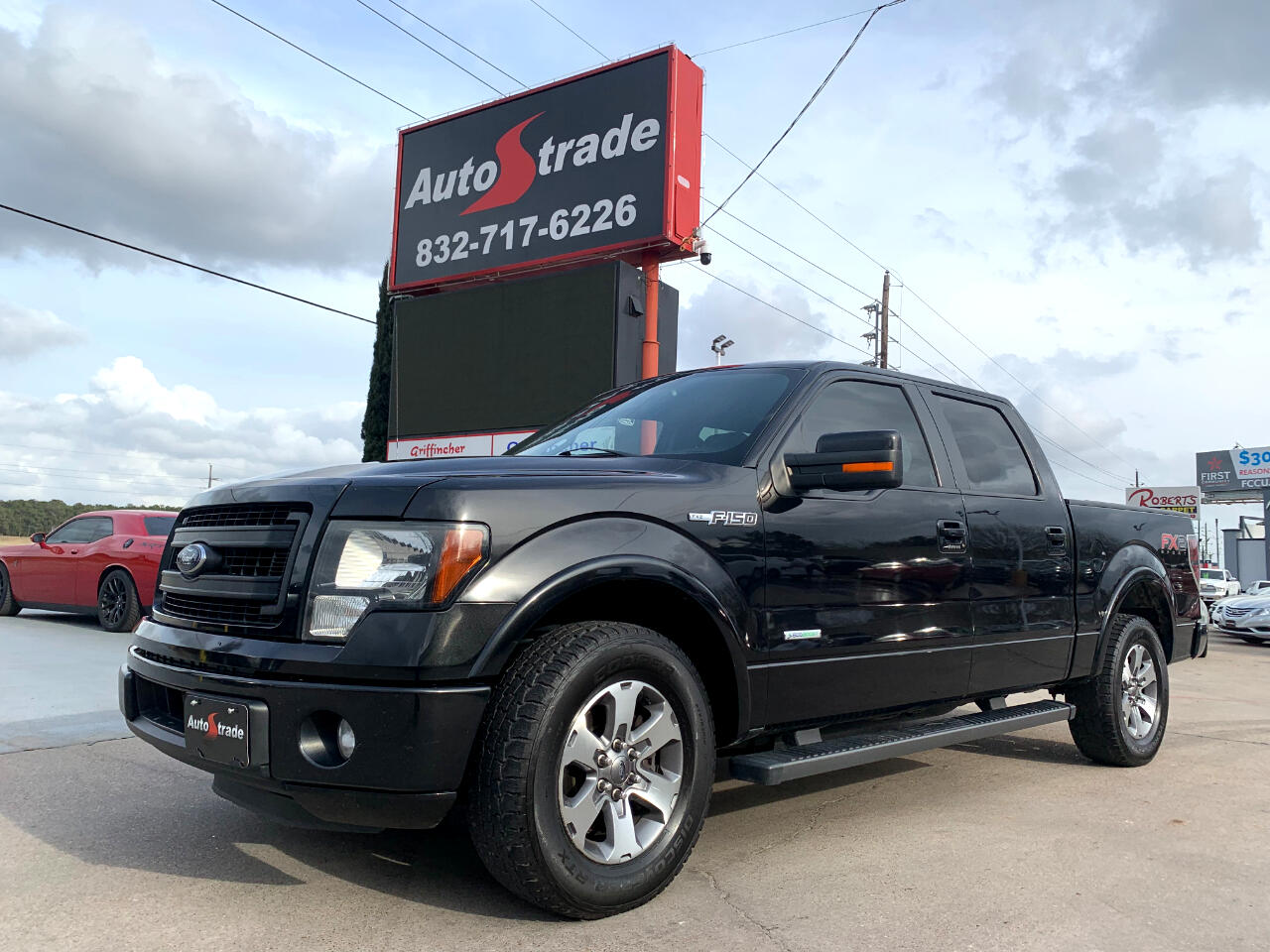 """Ford F-150 2WD SuperCrew 145"""" FX2 2014"""
