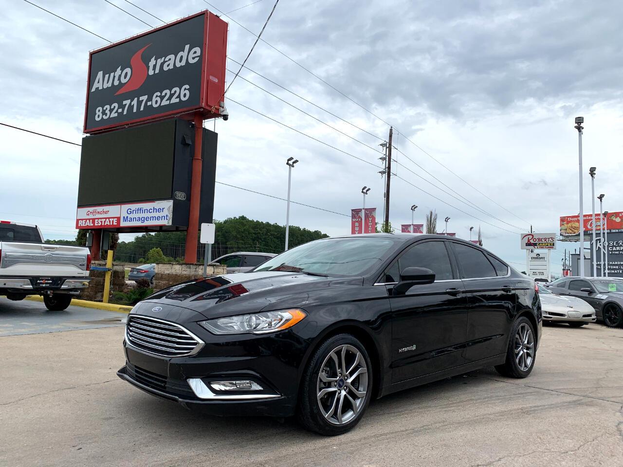 Ford Fusion Hybrid SE FWD 2017