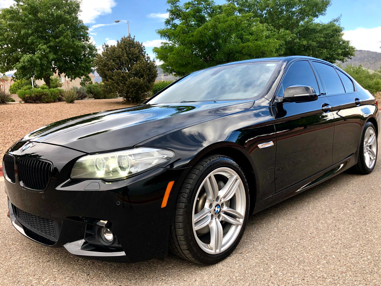2015 BMW 5 Series 4dr Sedan 535i xDrive M-Sport AWD