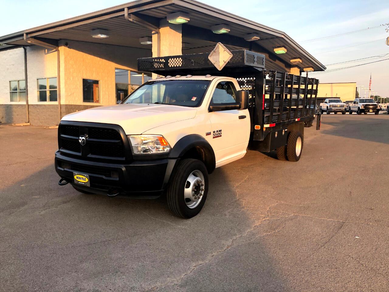 "RAM 5500 2WD Reg Cab 192"" WB 108"" CA Tradesman 2016"