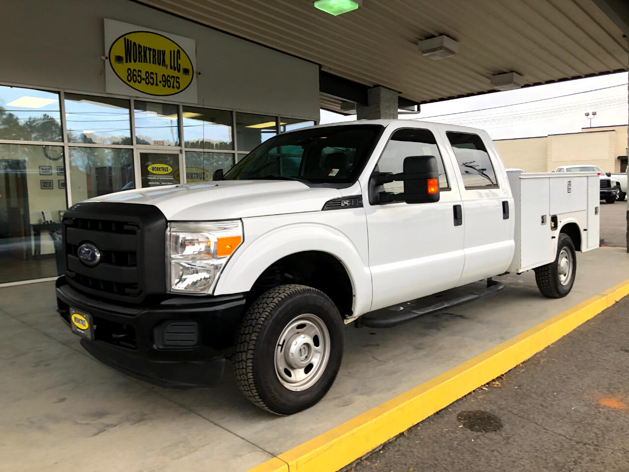 "Ford Super Duty F-250 SRW 4WD Crew Cab 156"" King Ranch 2011"
