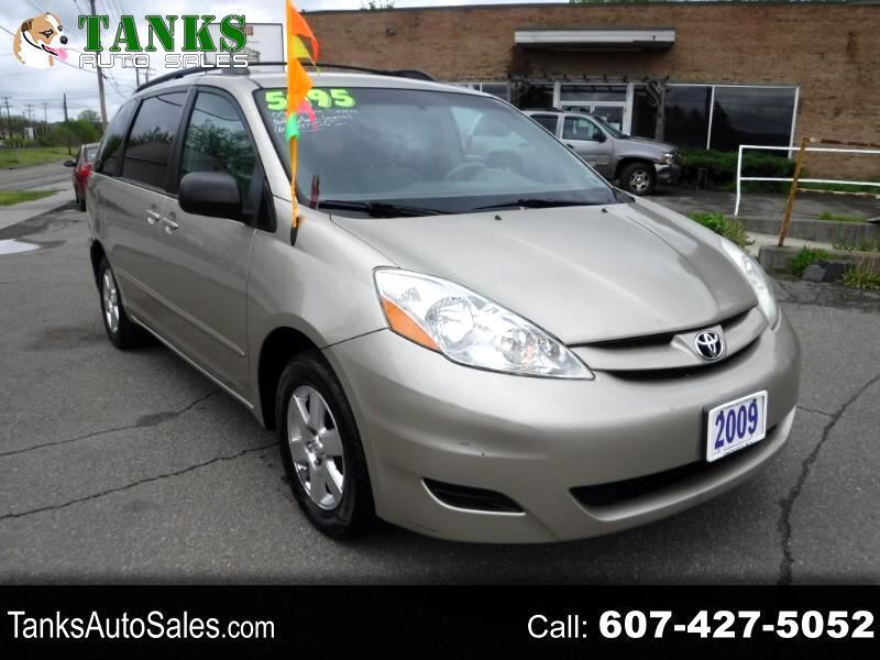 Toyota Sienna CE FWD 7-Passenger 2009
