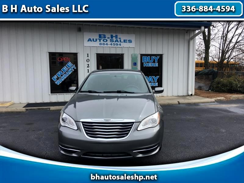 Used 2012 Chrysler 200 LX in High Point, NC near 27260 | 1C3CCBAB4CN104471  | Auto com