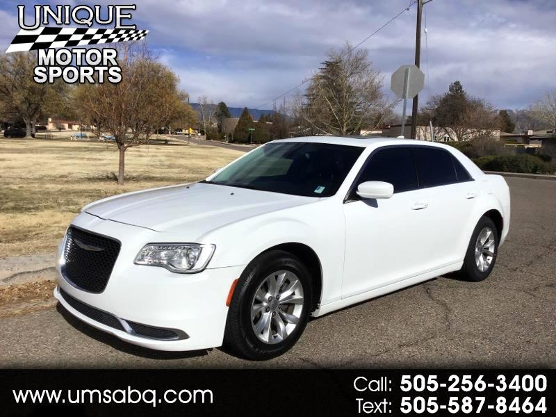 Chrysler 300 Limited RWD 2016