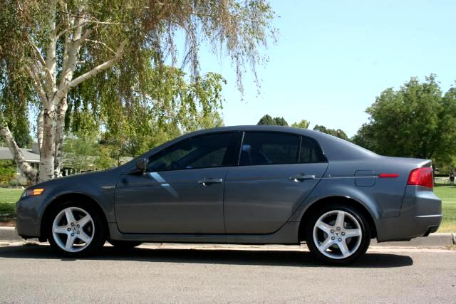 Acura TL 6-Speed MT 2004