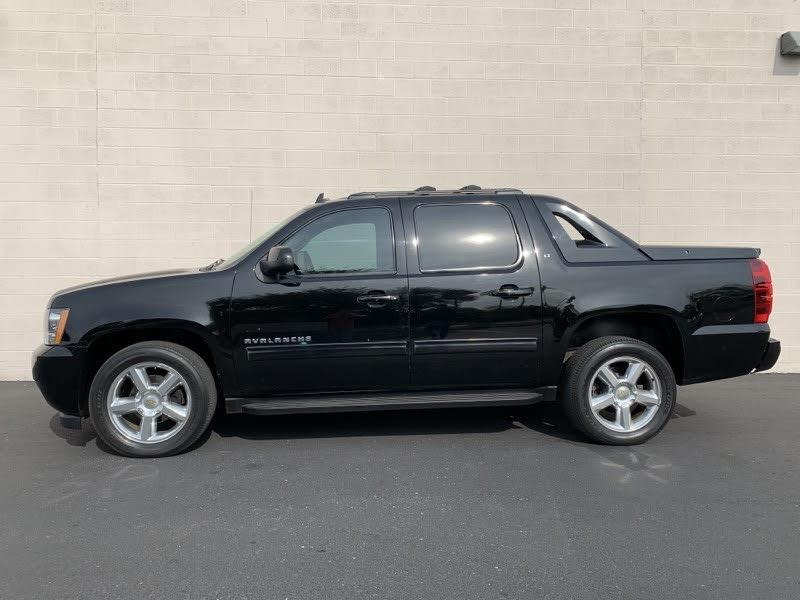 Chevrolet Avalanche 2012 for Sale in Tucson, AZ