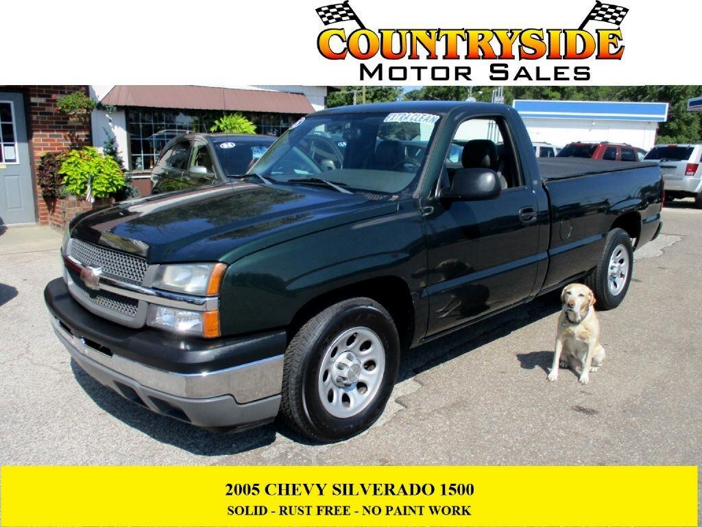 """Chevrolet Silverado 1500 Reg Cab 133.0"""" WB Work Truck 2005"""