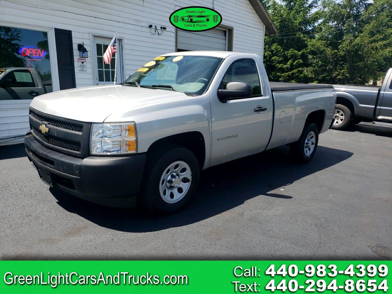 """Chevrolet Silverado 1500 2WD Reg Cab 133.0"""" Work Truck 2010"""