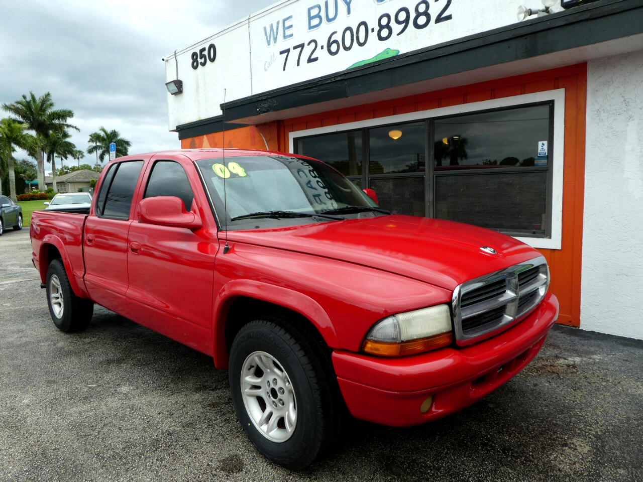 "Dodge Dakota 4dr Quad Cab 131"" WB Sport 2004"