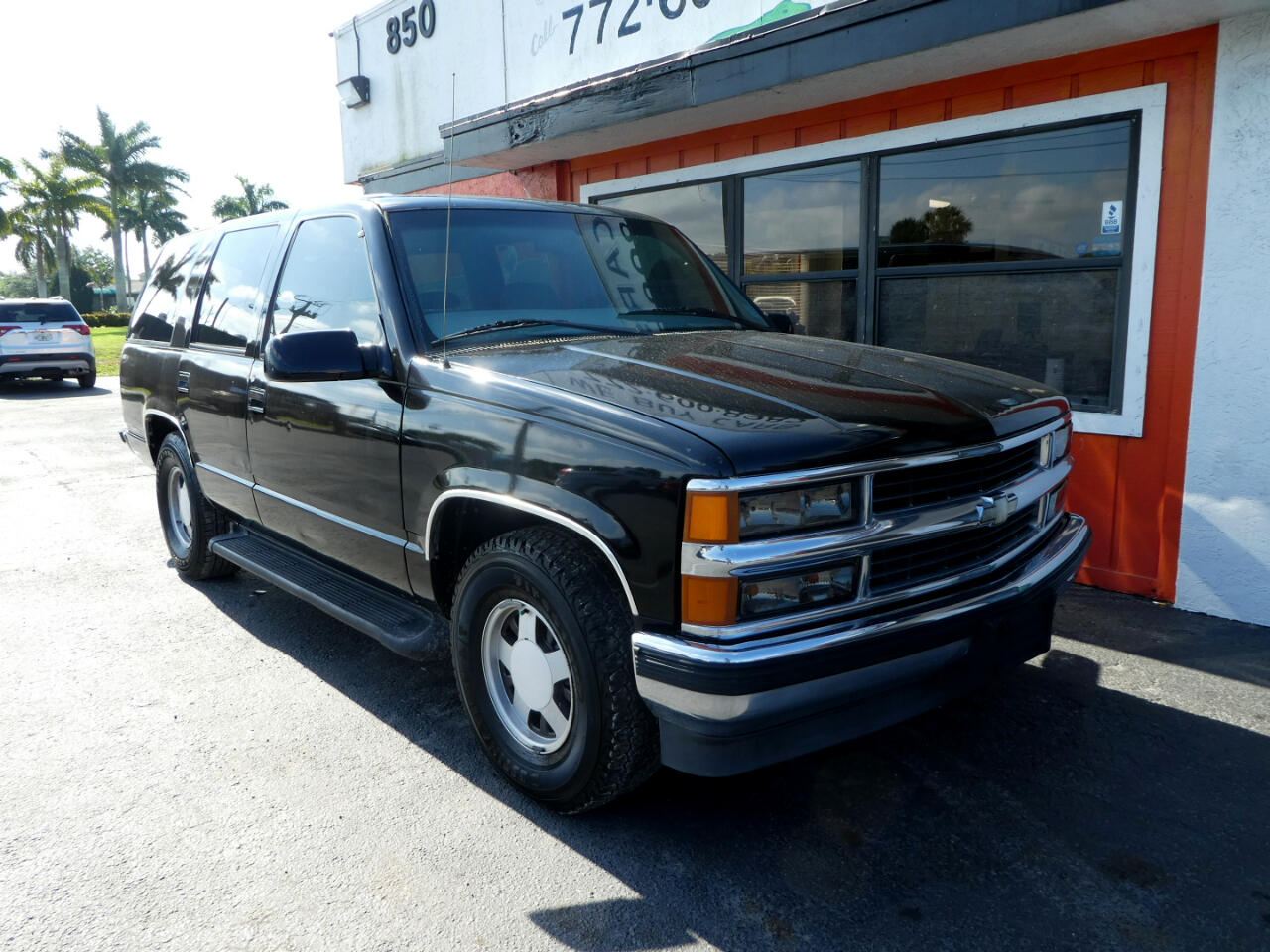 Chevrolet Tahoe 4dr 1999