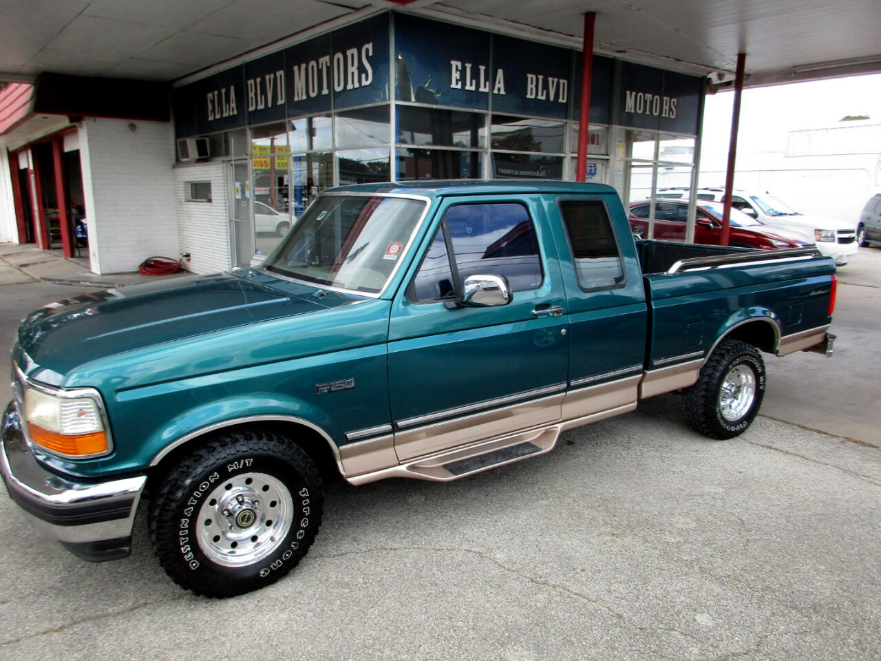 "Ford F-150 Supercab 138.8"" WB 1996"