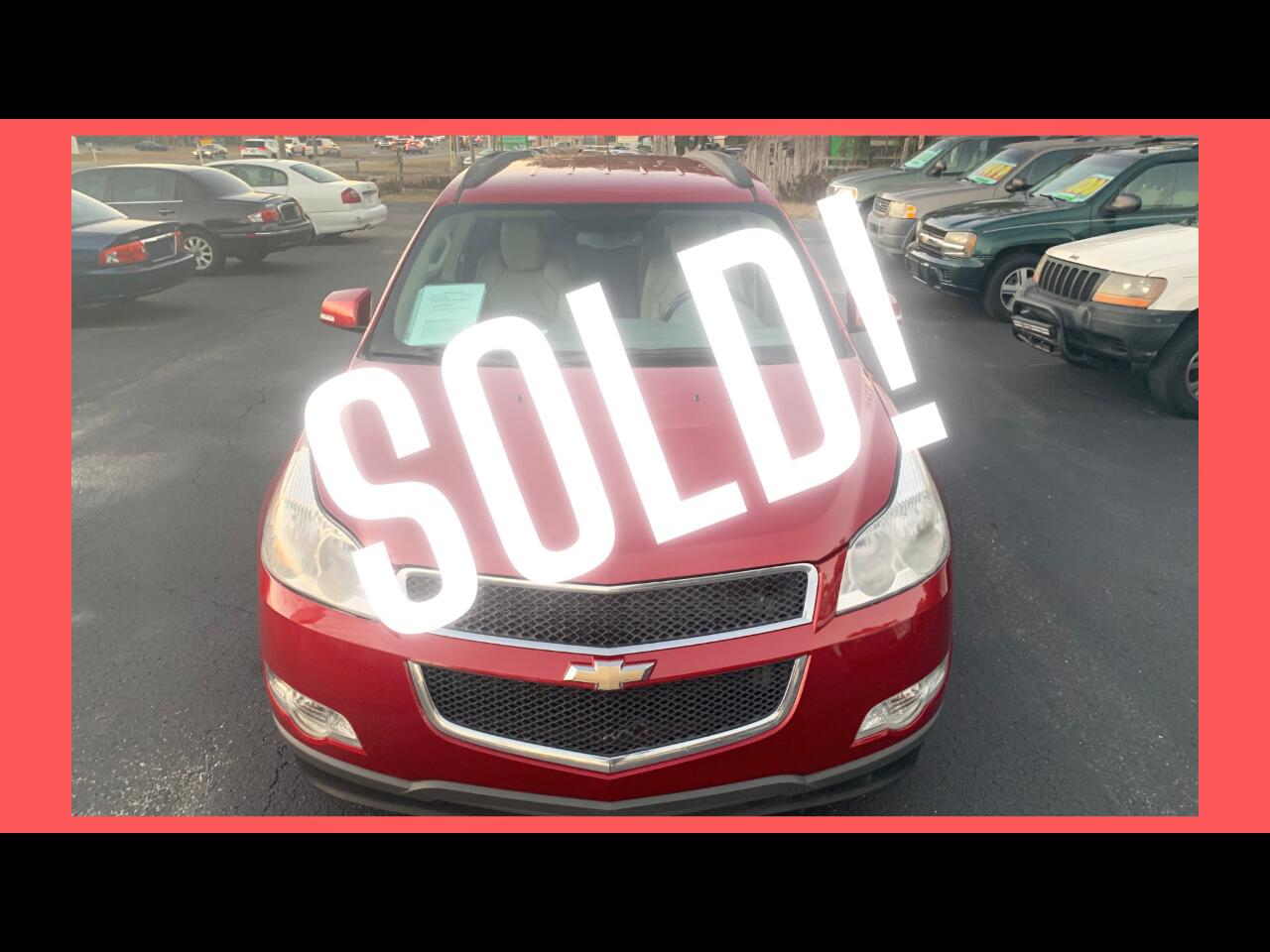 Chevrolet Traverse 2LT FWD 2012