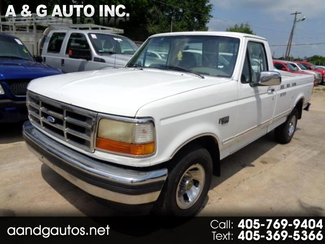 1995 Ford F-150 XLT Reg. Cab Short Bed 2WD