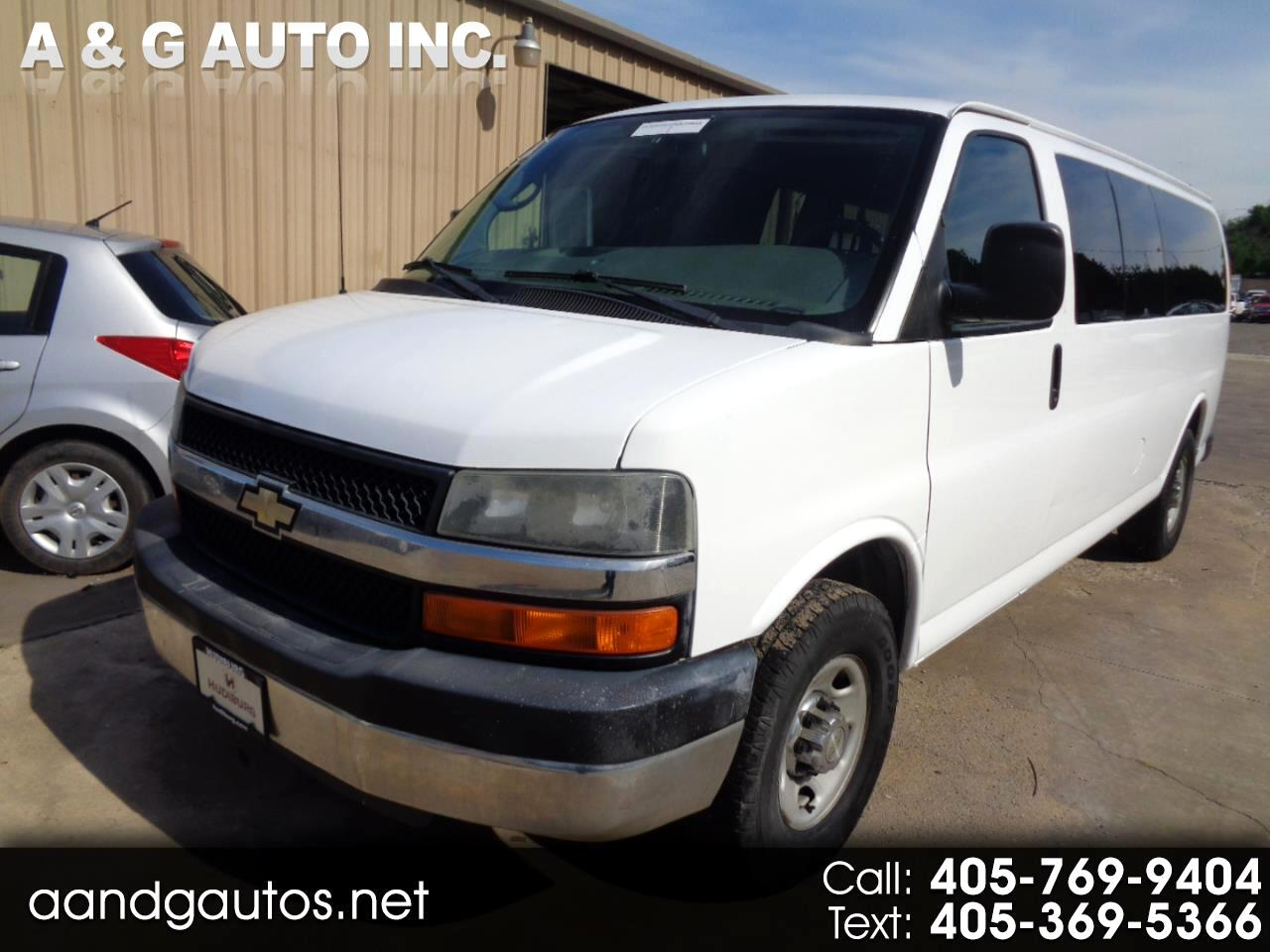 2009 Chevrolet Express LS 3500 Extended