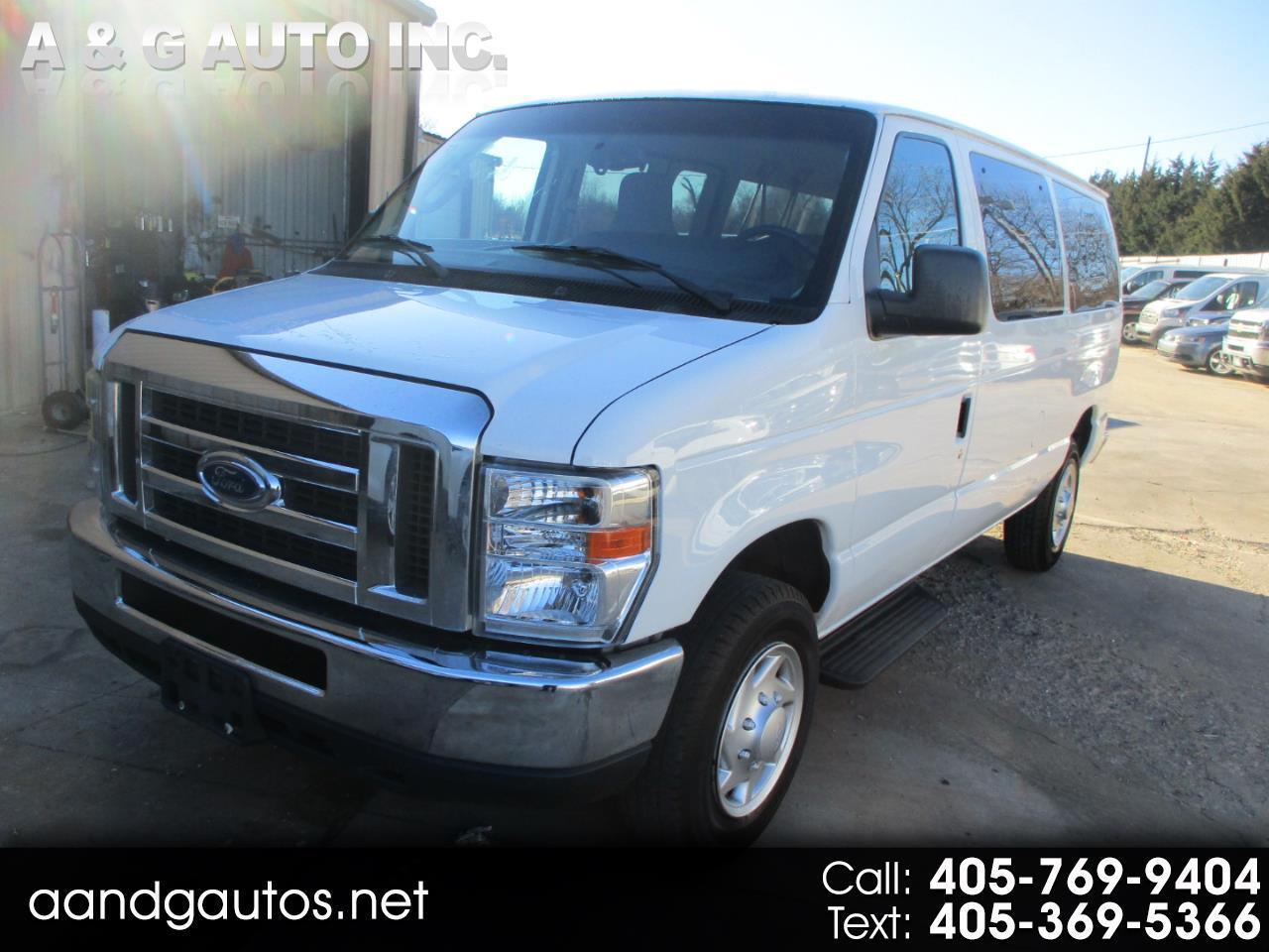 Ford Econoline E-350 XL Super Duty 2012