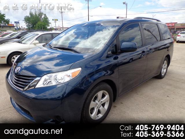 2012 Toyota Sienna LE FWD Mobility Access 7-Passenger V6