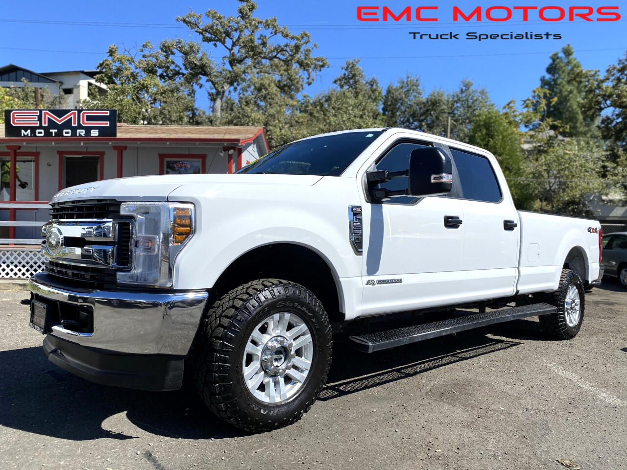 Ford Super Duty F-250 SRW XLT 4WD Crew Cab 8' Box 2018