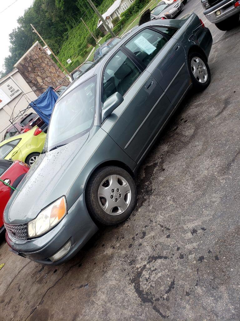 Toyota Avalon XL 2004