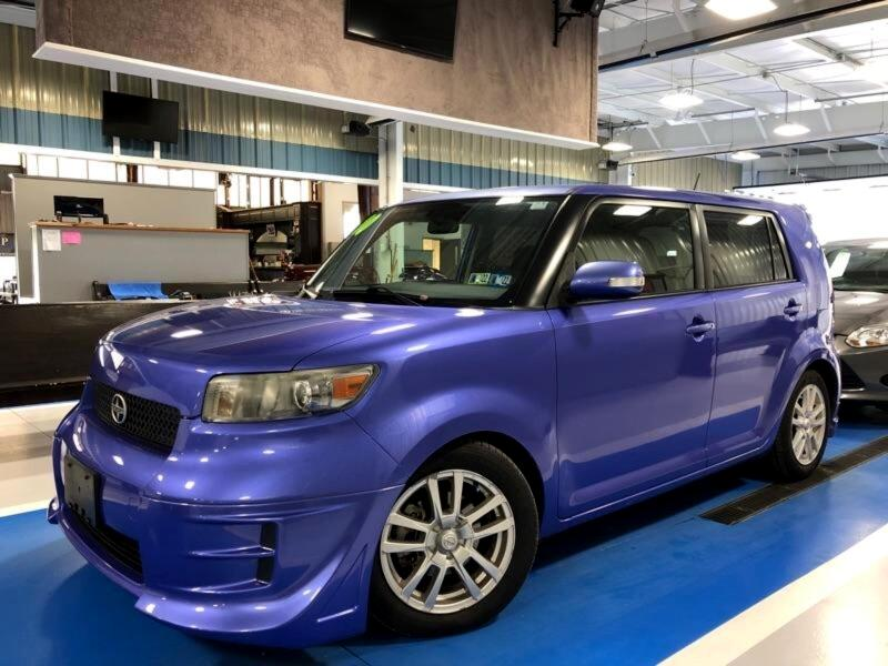 Scion xB 5-Door Wagon 4-Spd AT 2010