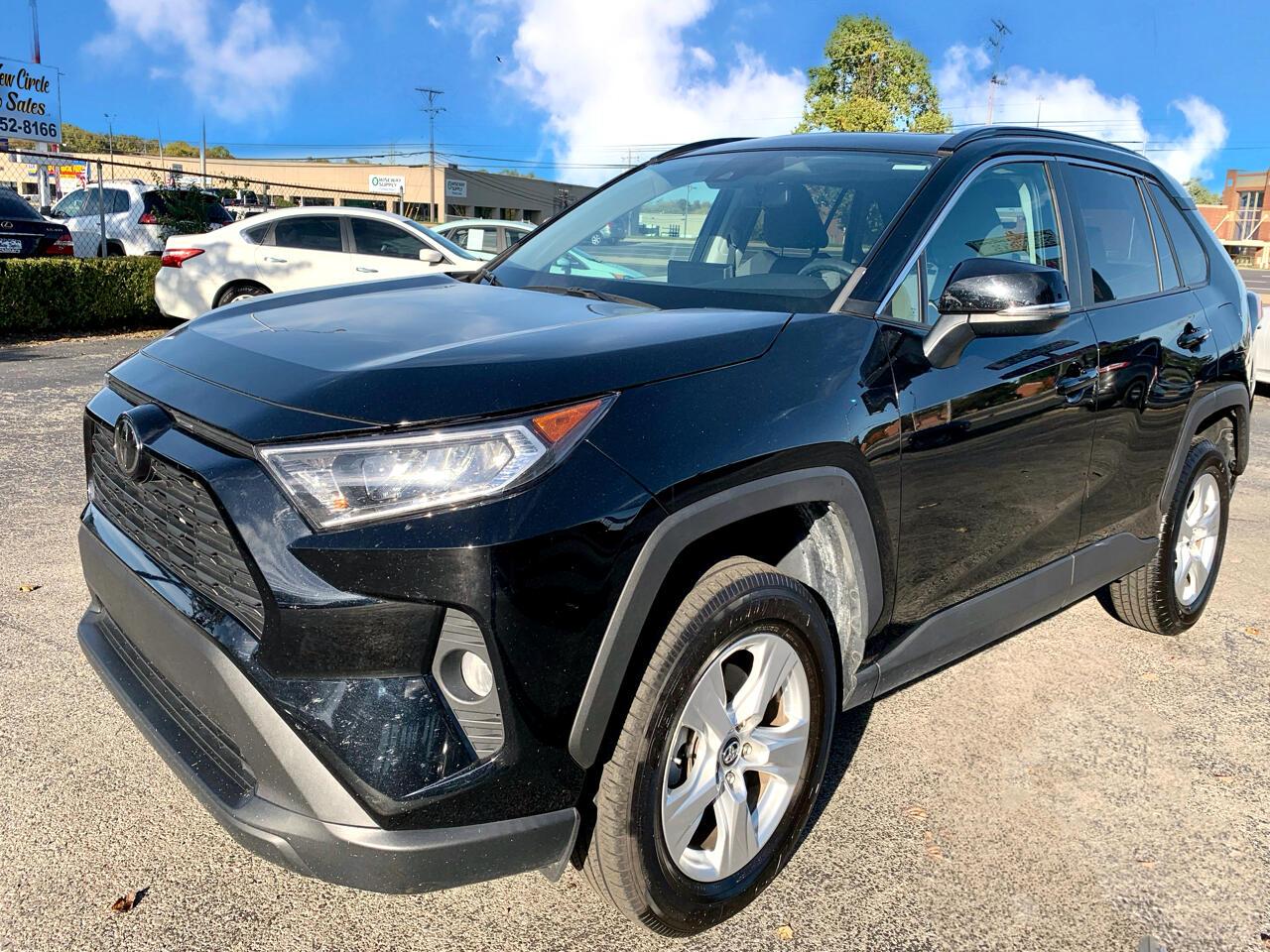 Toyota RAV4 XLE FWD 2019