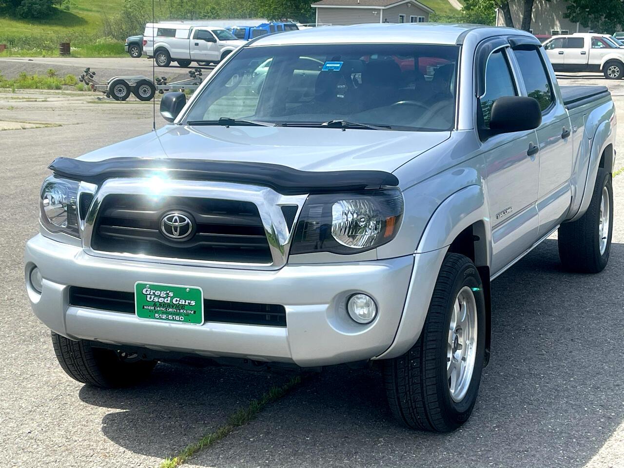Toyota Tacoma 4WD Double LB V6 AT (Natl) 2010
