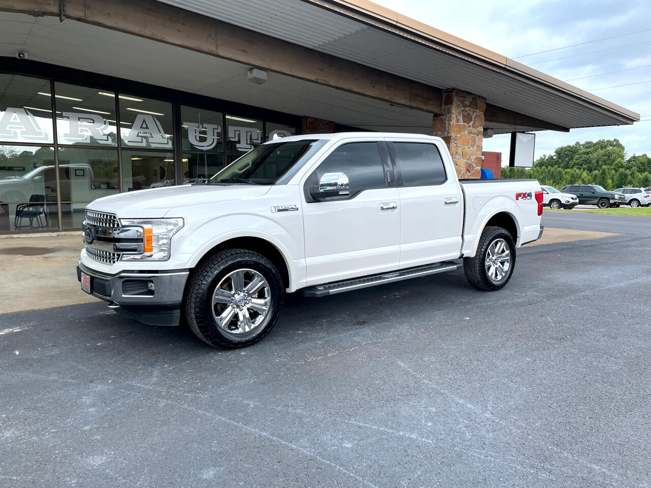 """Ford F-150 4WD SuperCab 145"""" Lariat 2018"""